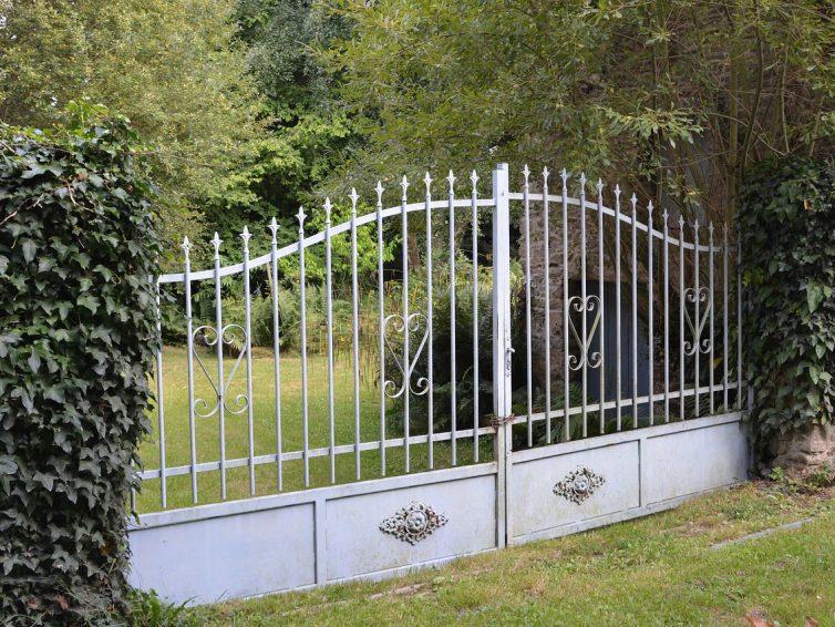 Pourquoi choisir des portails en ferronnerie ?