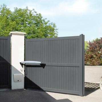 ferronnerie et portail le portail c 39 est la premi re. Black Bedroom Furniture Sets. Home Design Ideas